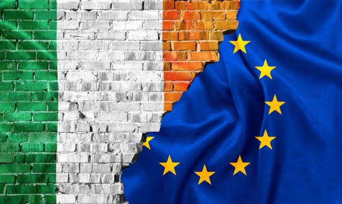 Írska poistka nie je žiadne dvojhlavé monštrum, Francúzsko je ochotné preskúmať nové britské návrhy