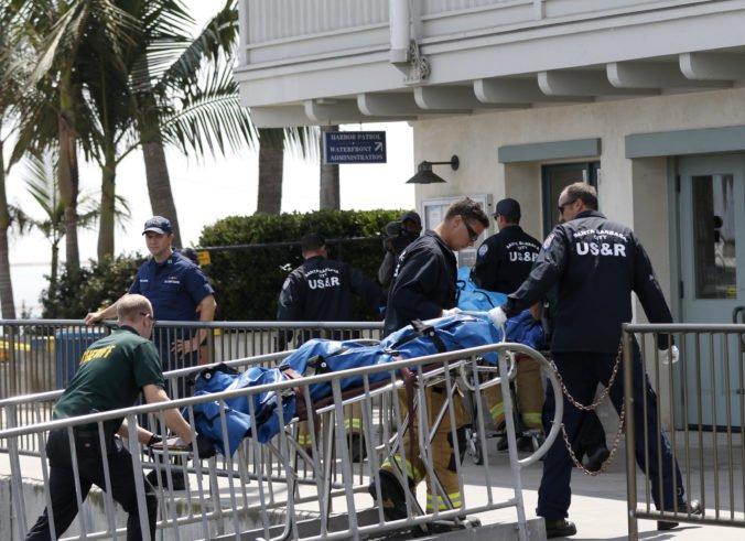 Pri požiari lode v Kalifornii zahynulo zrejme 34 ľudí, pátranie po nezvestných odvolali
