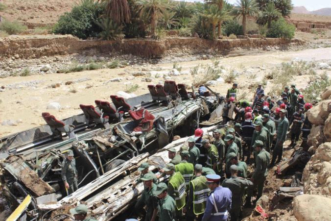 Havária autobusu v Maroku si vyžiadala najmenej štrnásť obetí, počet nezvestných nevedia presne určiť