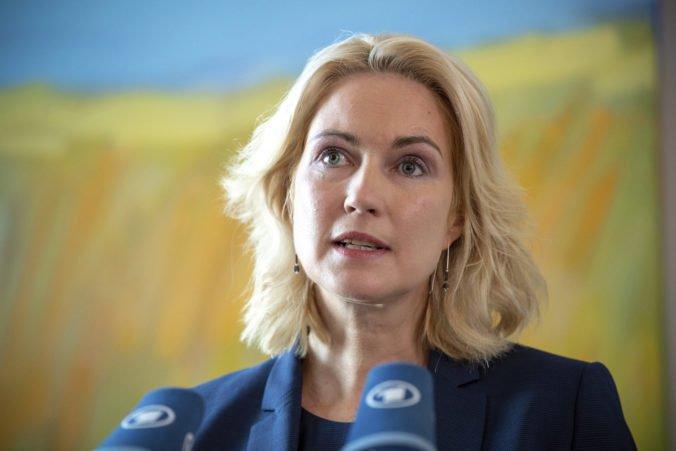Dočasná líderka nemeckej SPD odchádza z funkcie, Schwesigovej diagnostikovali rakovinu prsníka