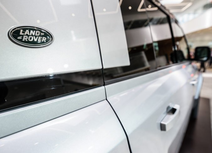 Foto: Automobilka Jaguar Land Rover v Nitre predstavila nový Land Rover Defender