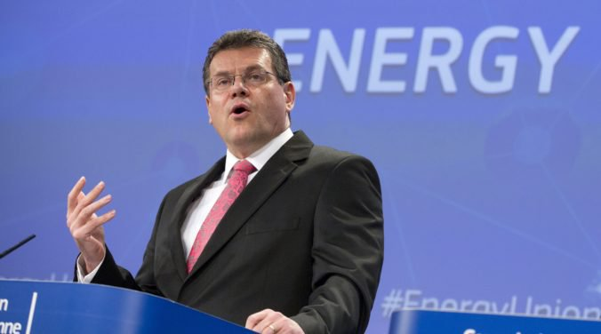 Maroš Šefčovič ostáva podpredsedom Európskej komisie