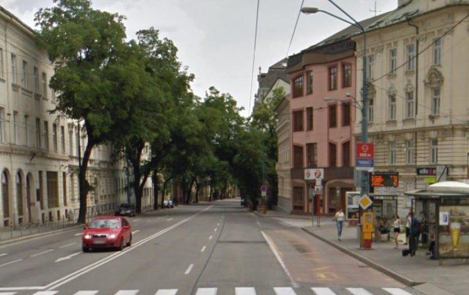 V Bratislave pribudnú vyhradené pruhy pre MHD a cyklistov, skrátiť by sa tak mal priemerný jazdný čas