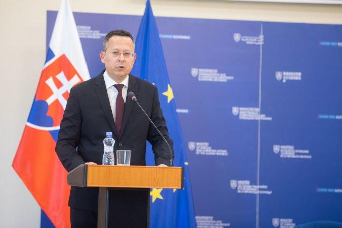 Minister Kamenický sa snaží zostaviť rozpočet, návrh zvýšenia cien cigariet nie je politický