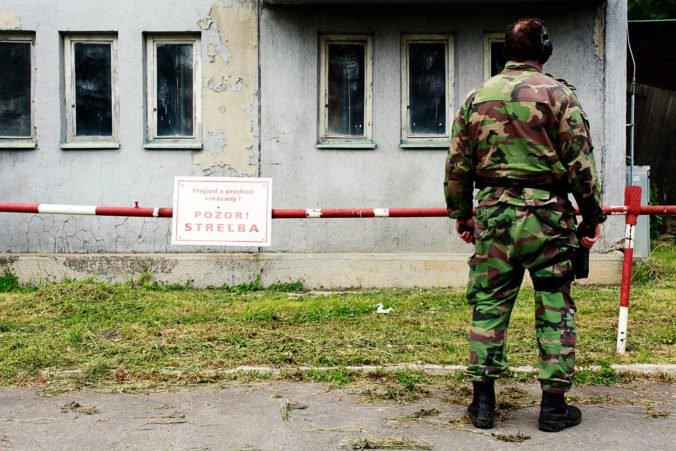 Sklady munície strážia vojaci, ministerstvo obrany po problémoch zaviedlo nové pravidlá