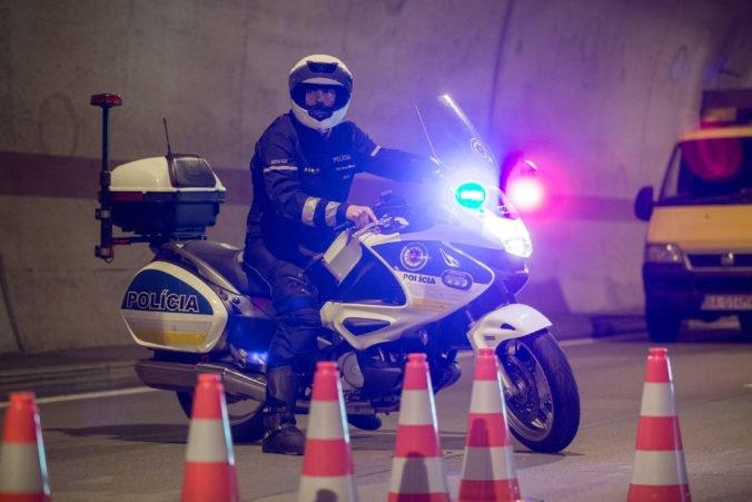 Tunel Sitina v smere do Petržalky je pre nehodu neprejazdný