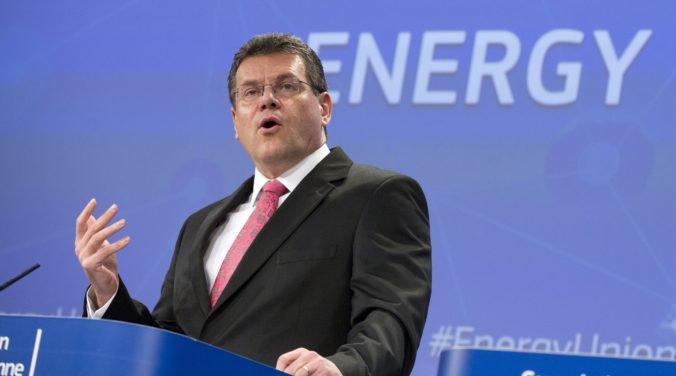 Europoslanci budú hlasovať o zložení Európskej komisie, vypočujú aj Maroša Šefčoviča