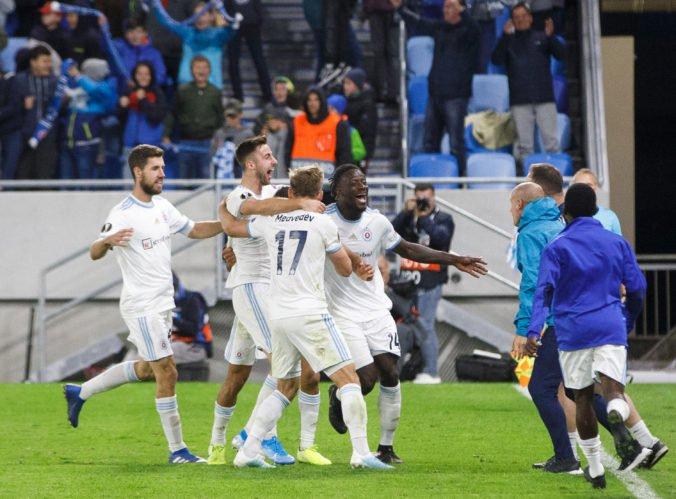 UEFA trestá Slovan za správanie fanúšikov a hrozí, že aj proti Wolverhamptonu nastúpi bez divákov