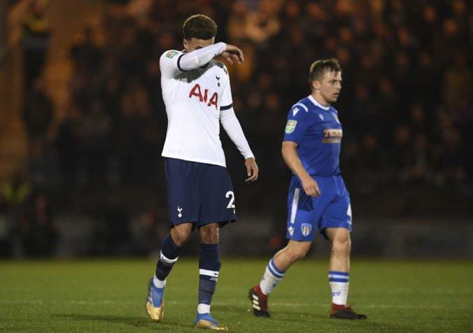 Tottenham vypadol z anglického Ligového pohára, o senzáciu sa postaral štvrtoligista