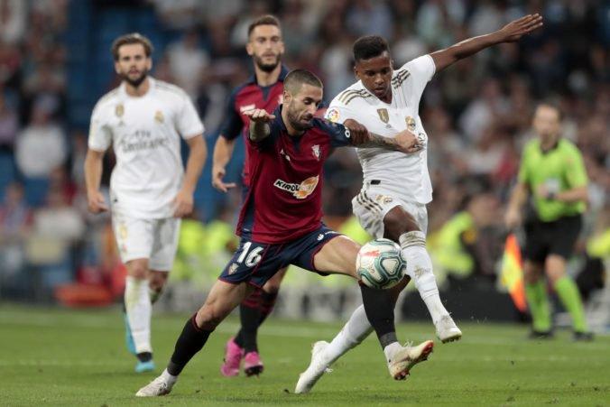 Video: Real Madrid zdolal Osasunu, triumfovalo aj Atlético a vo Valencii padlo šesť gólov