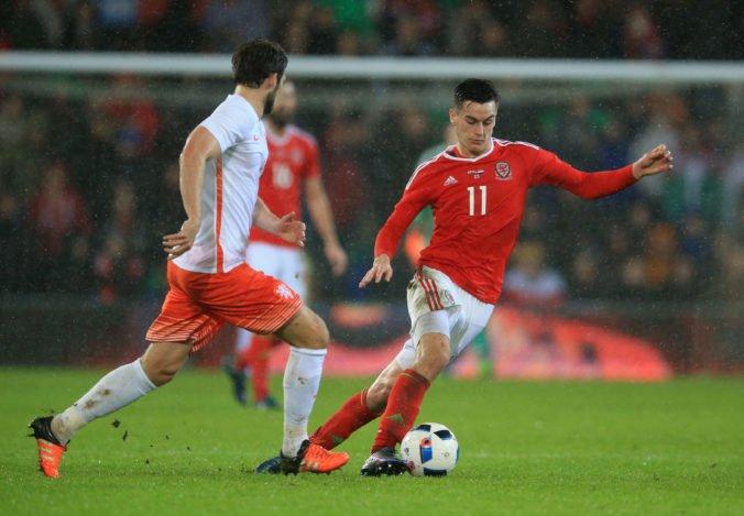 Walesan Lawrence spôsobil pod vplyvom alkoholu nehodu, jeho štart proti Slovensku je otázny