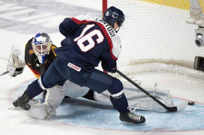 "Lantoši ""neprežil"" škrty v kádri Bostonu Bruins, v kempoch tímov NHL ostalo 12 Slovákov"