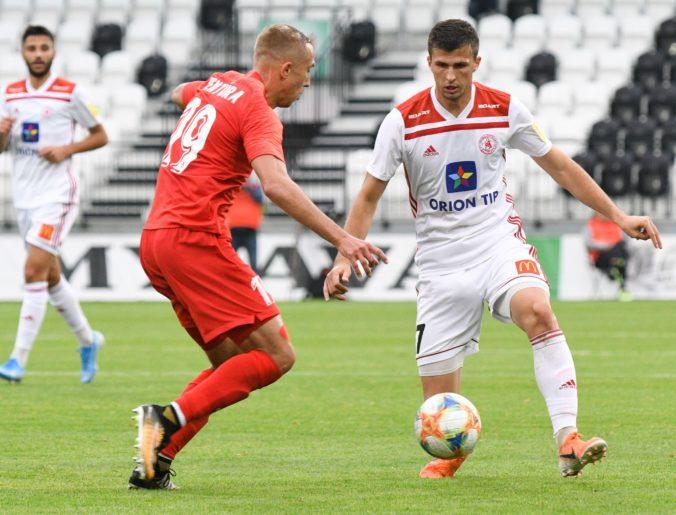 Slovan strelil vo Fortuna lige päť gólov, Ružomberok triumfoval a Sereď opäť remizovala