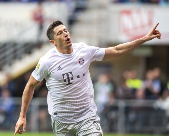Video: Lewandowski skóroval a prekonal legendy, Dortmund na domácej pôde nezvíťazil