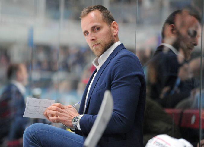 Hokejová Nitra mení trénera, Kmeč po deväťgólovej prehre s Košicami odstúpil