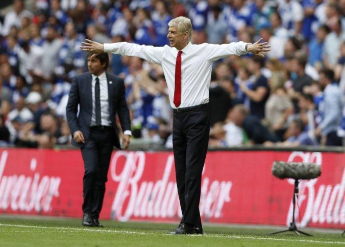 Francúz Wenger by sa mohol stať novým hlavným trénerom klubu AC Miláno, Rossoneri stagnujú