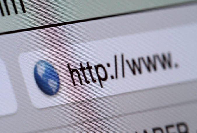 Zmluva so správcom domény sk je nevýhodná, poskytovatelia webhostingu podali trestné oznámenie