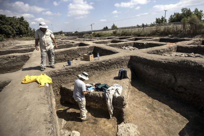 Foto: Archeológovia objavili v Izraeli rozsiahle staroveké mesto, v ktorom žili tisíce ľudí