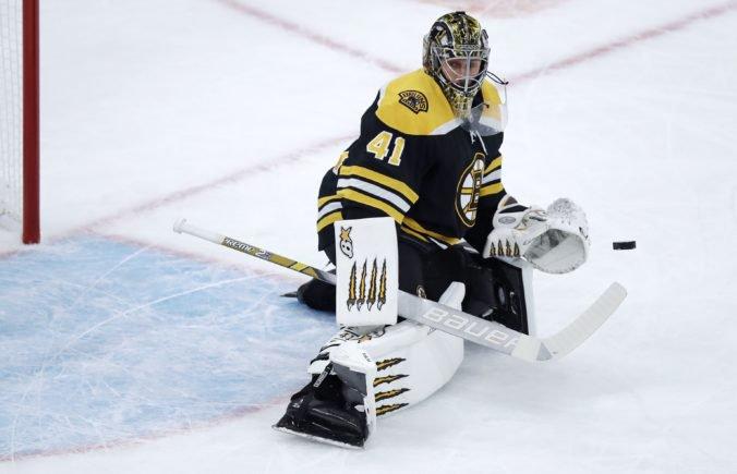 Halák je piatym brankárom NHL v počte shutoutov, približuje sa už Chrisovi Osgoodovi