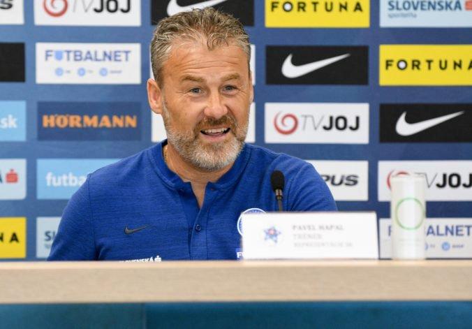 Slovenských futbalistov čaká kľúčový zápas proti Walesu, Hapal nechce dostať mužstvo pod tlak