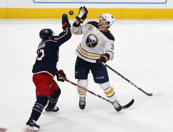 Video: St. Louis a Columbus v NHL víťazne, Pietrangelo už nazbieral 400 bodov