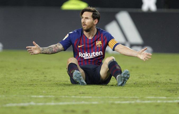Lionel Messi prežíval v Barcelone ťažké chvíle, rozmýšľal aj o odchode zo Španielska