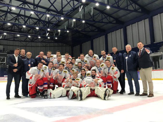 Hokejový tím Univerzity Karlovej v Prahe získal bronzovú medailu na Student Hockey Challenge 2019