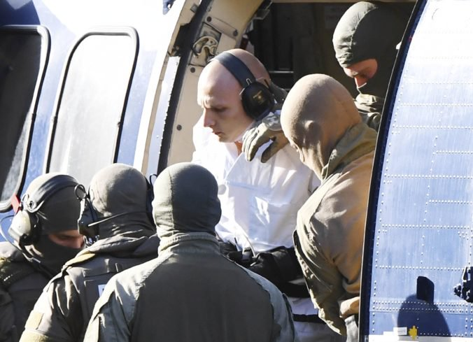Útočník z Halle sa priznal, že jeho čin bol motivovaný antisemitizmom