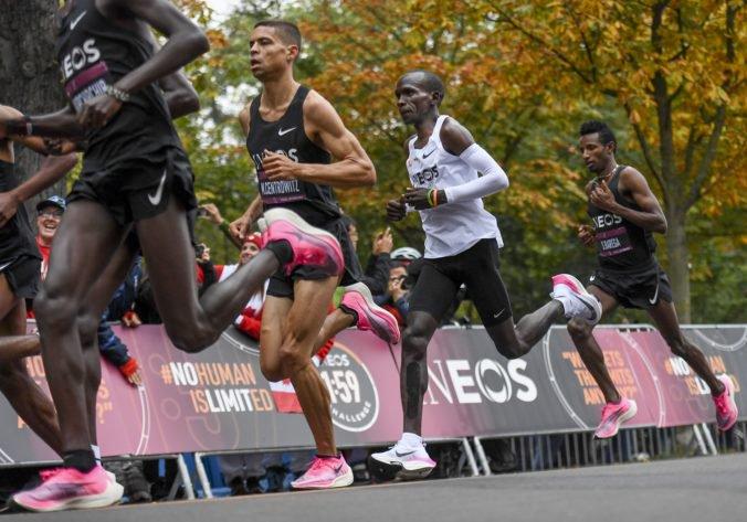 Video: Eliud Kipchoge prepísal históriu, zabehol maratón pod dve hodiny