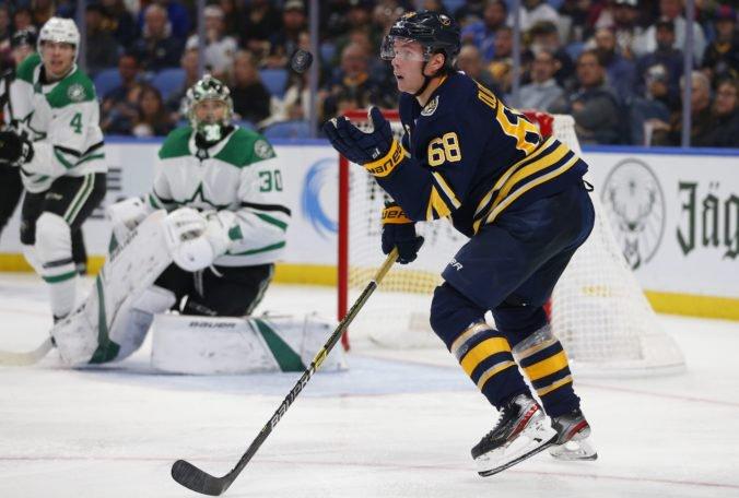 Victor Olofsson sa postaral o zaujímavý nováčikovský rekord NHL