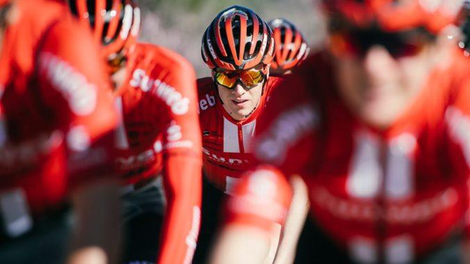 Mladý cyklista Maas už možno nebude chodiť, po zrážke s autom má zranenú aj chrbticu