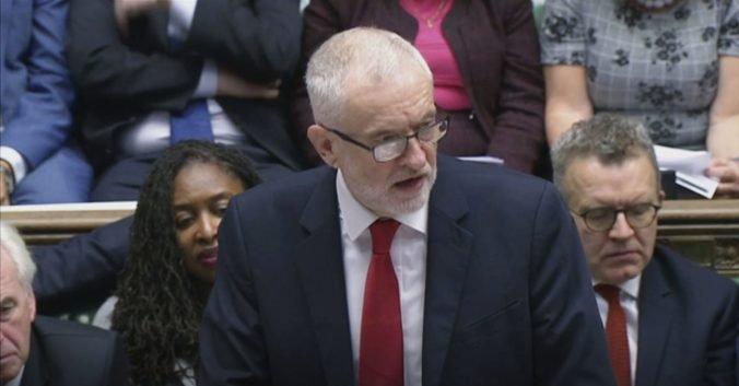 Nová dohoda o brexite je ešte horšia ako stará, podľa Corbyna ohrozuje pracovné miesta
