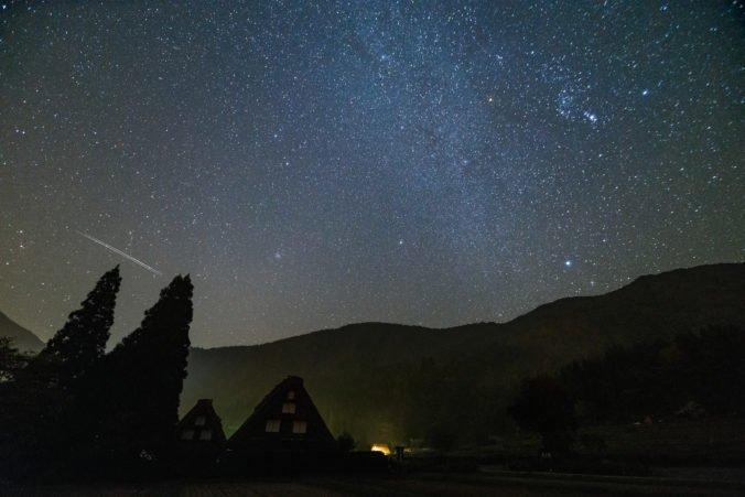 Padajúce hviezdy zasypú oblohu, meteorický roj Orionidy dosiahne svoje maximum