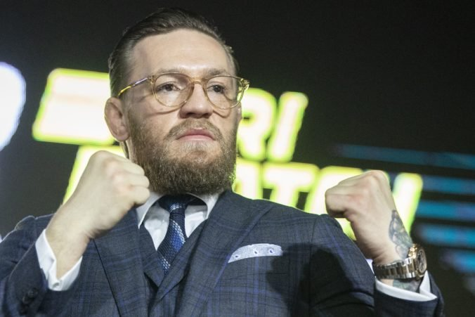 Conor McGregor ohlásil návrat do UFC, v klietke naposledy nestačil na Nurmagomedova
