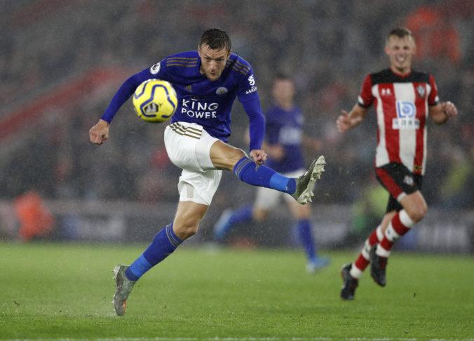 Leicester s historickou kanonádou proti Southamptonu, góly strieľali ako na bežiacom páse