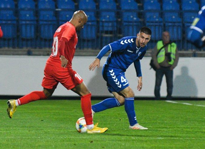 Senica podľahla vo Fortuna lige Seredi vlastným gólom, Trenčín remizoval v Ružomberku