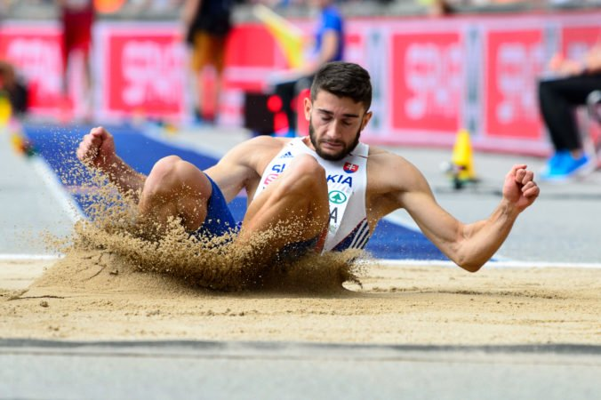 Trojskokan Tomáš Veszelka získal striebro na armádnych svetových hrách v Číne