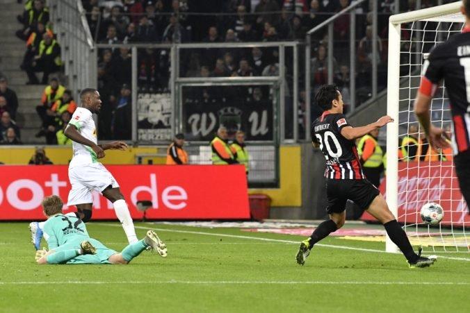 Bénes prispel asistenciou k triumfu Borussie, vo Wolfsburgu bezgólová remíza