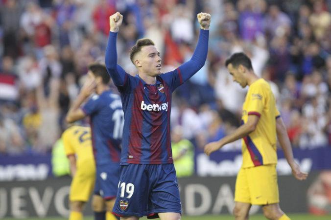 Levante v La Lige pred vlastnými fanúšikmi zničilo FC Barcelona behom desiatich minút