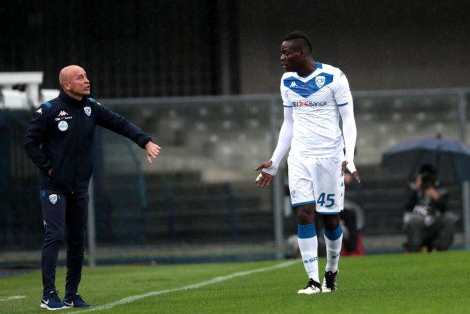 Mario Balotelli bol terčom rasistických chorálov, Hellasu Verona uzavrú časť štadióna