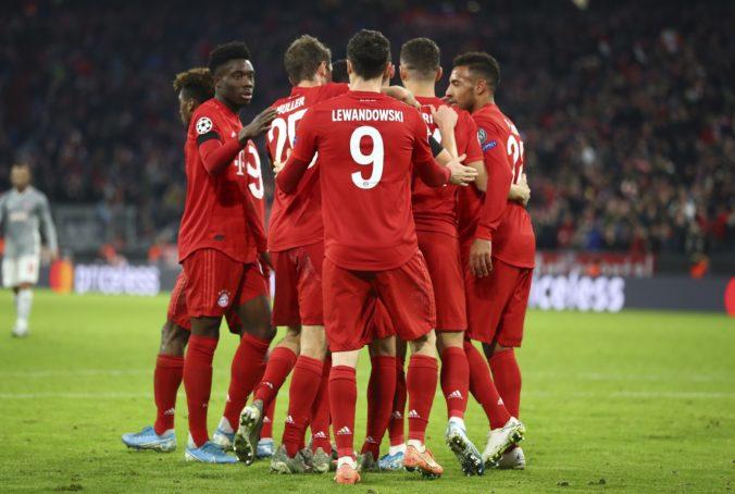 Bayern Mníchov porazil Olympiakos Pireus, Juventus Turín zvíťazil v Moskve a postup má istý