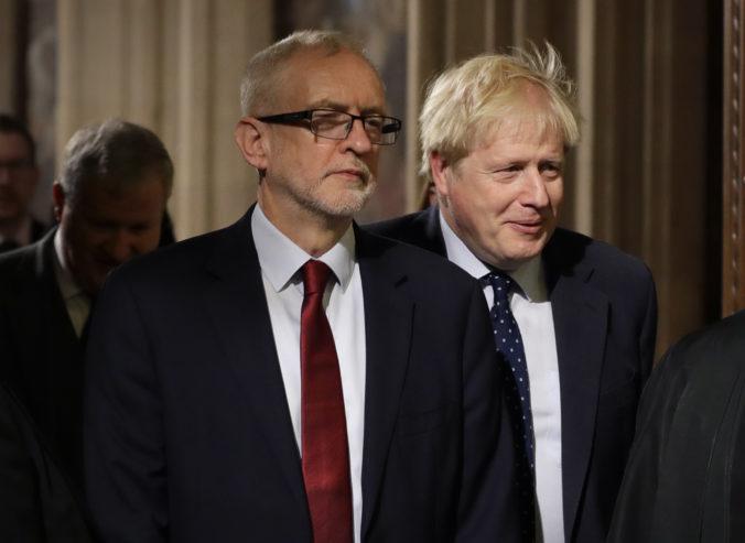 Premiér Johnson prirovnal svojho politického rivala Corbyna k Stalinovi