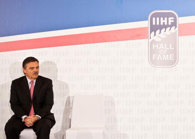 Nástupca Fasela vzíde z pätice kandidátov, v hre o post šéfa IIHF je aj Bříza