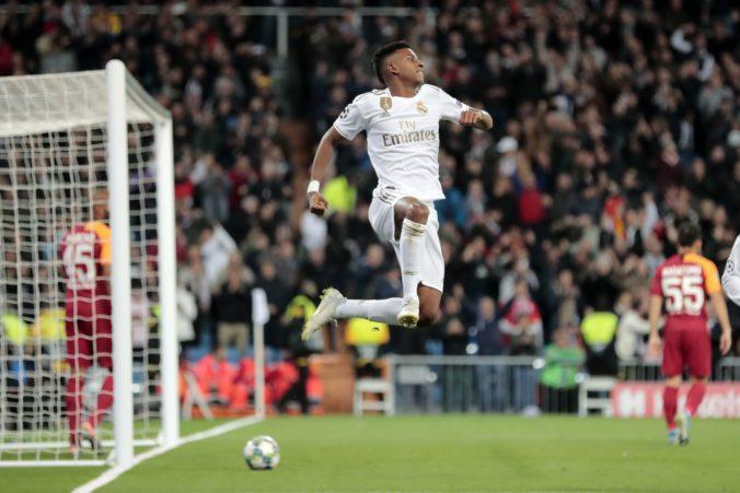 Real Madrid deklasoval Galatasaray, tínedžer Rodrygo sa blysol hetrikom a loptu si odložil