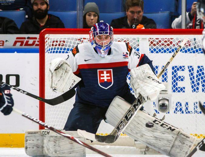 Slovenskí hokejisti do 20 rokov na Turnaji štyroch krajín v Piešťanoch nestačili na Švajčiarsko