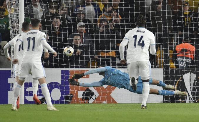 Wolverhampton ukázal svoju pravú tvár, brankára Greifa potešila po penalte absencia VAR-u