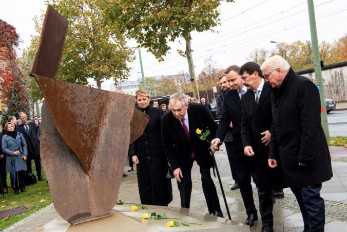 Nemecko si pripomína 30. výročie pádu Berlínskeho múru, na oslavy prišla a Čaputová aj Zeman