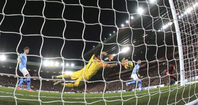 Liverpool v šlágri Premier League zdolal ManCity, doma nezaváhal ani ManUtd