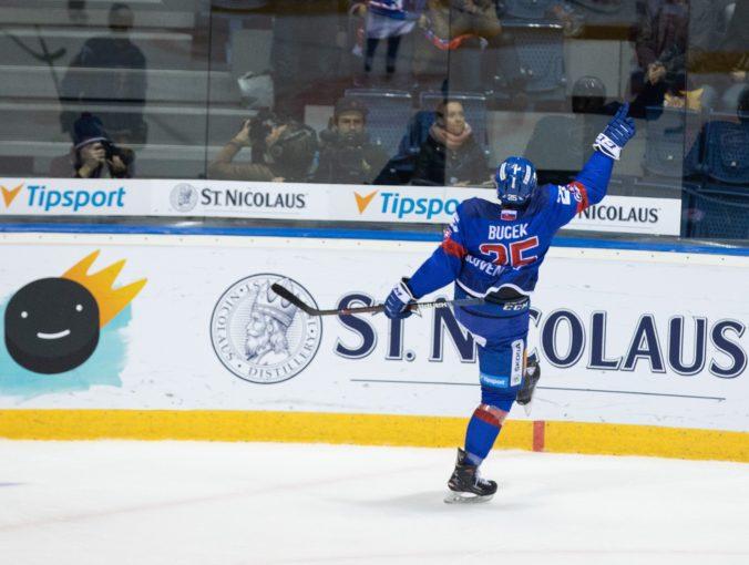 Slovenskí hokejisti na Nemeckom pohári otočili zápas z 0:2, ale skončili na poslednom mieste