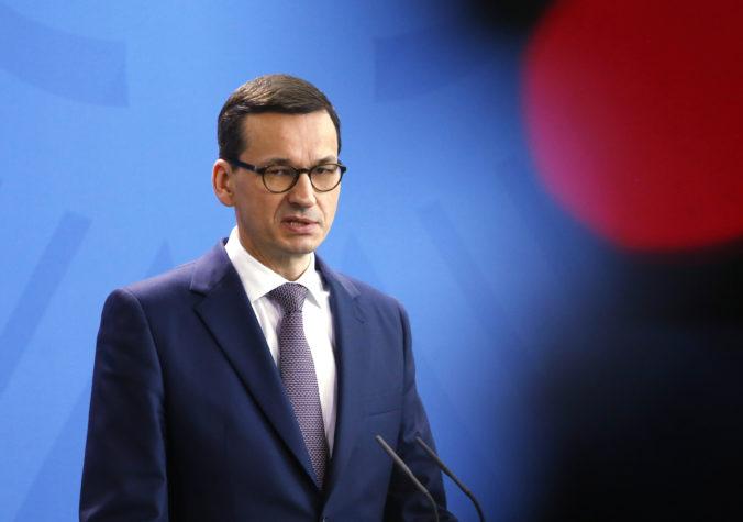 Poľský premiér napísal šéfovi Netflixu, nahnevala ho mapa v dokumentárnom seriáli